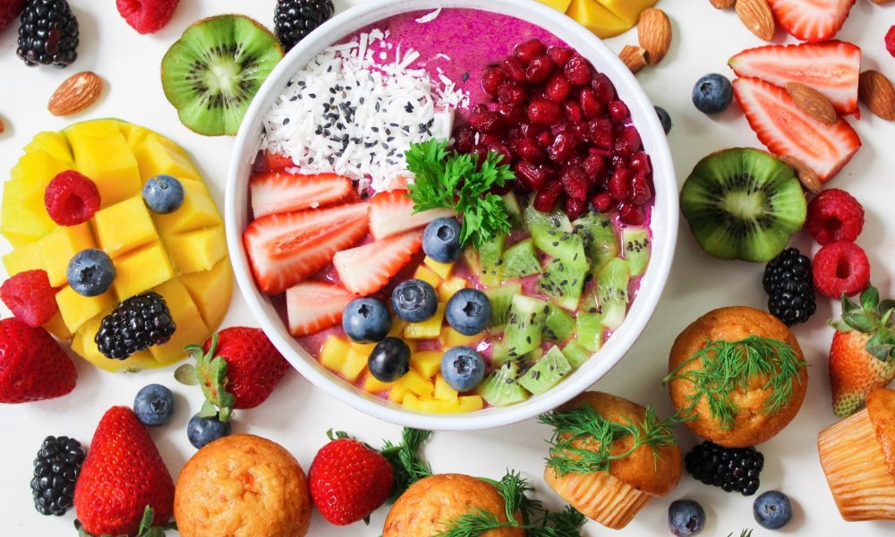 eat the rainbow yogurt bowl